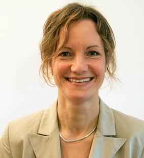 Diese Bild zeigt ein Portrait von Christine Viedt